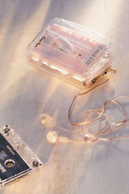 Urban outfitters アーバンアウトフィッターズ クリア カセットプレイヤー イヤホン付 AM/FM ラジオ (並行輸入品)カセットテープ 60分 3本パック付