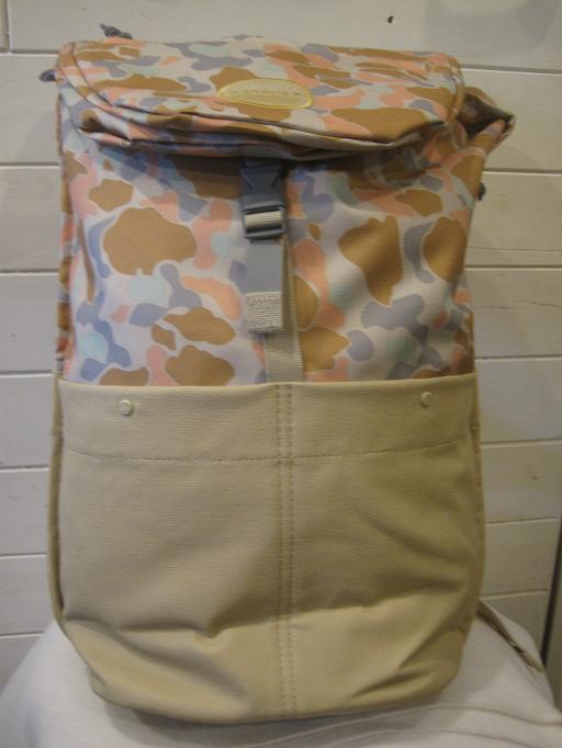 正規品。GRAVIS グラビス 【送料無料】LIMA カバン 鞄 デイバック