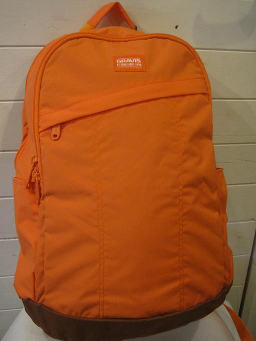 正規品。GRAVIS グラビス BATTERY バッテリー カバン 鞄 デイバック