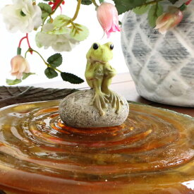 カエル 置物 かえる グッズ 玄関 雑貨 風水 オブジェ アンティーク調 かわいい 輸入雑貨 プレゼント ギフト