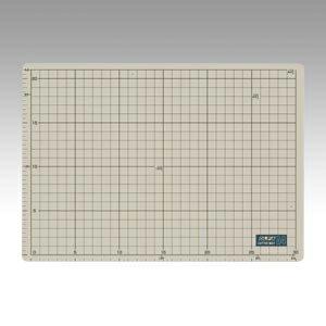 オルファ カッターマット 134B A4判 外寸:縦225×横320×厚2mm