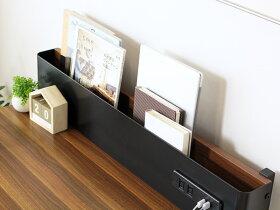 小物雑貨や文房具などが収納できる引き出し付き