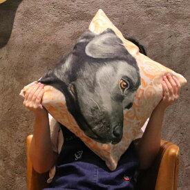 クッション カバー と本体セット 45×45cm 黒ラブ 背景:橙 雑貨 グッズ kingdogs ラブラドールレトリバー 犬屋 いぬや