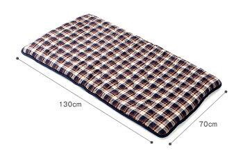 ごろ寝マット先染めチェックコンパクトキルティング仕様ふんわり中綿入り優しい風合い持ち運び簡単どこでも広げられる休憩やお昼寝に使える快適な寝心地中綿の片寄りを防ぐネイビーレッド70cm×130cm