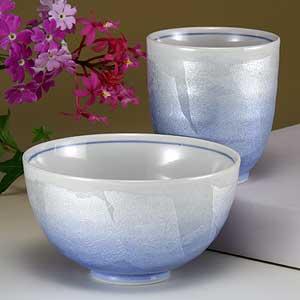 湯呑と茶碗色銀彩九谷焼和食器【シングル睦揃】