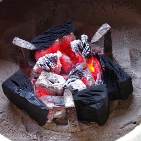 【京の炭】 鞍馬炭 においのしない「小割れ 特級品」 5kg 【室内使用の七輪に最適 火鉢 手あぶり 囲炉裏 バーベキュー 焼肉 焼鳥】【黒炭・木炭】【燃料・暖房】