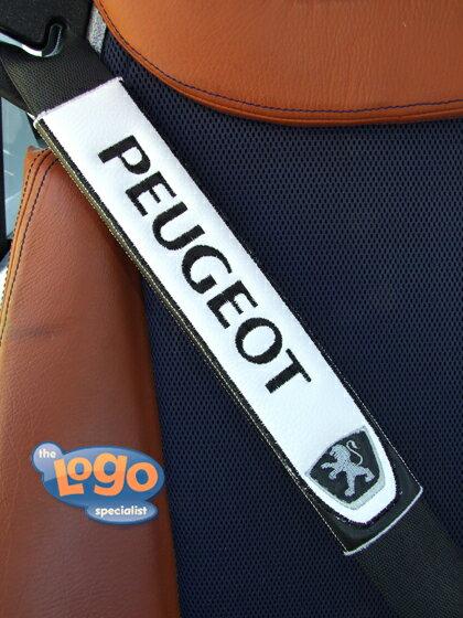 プジョーPEUGEOTのシートベルトカバーパッドのエンブレム(1枚)