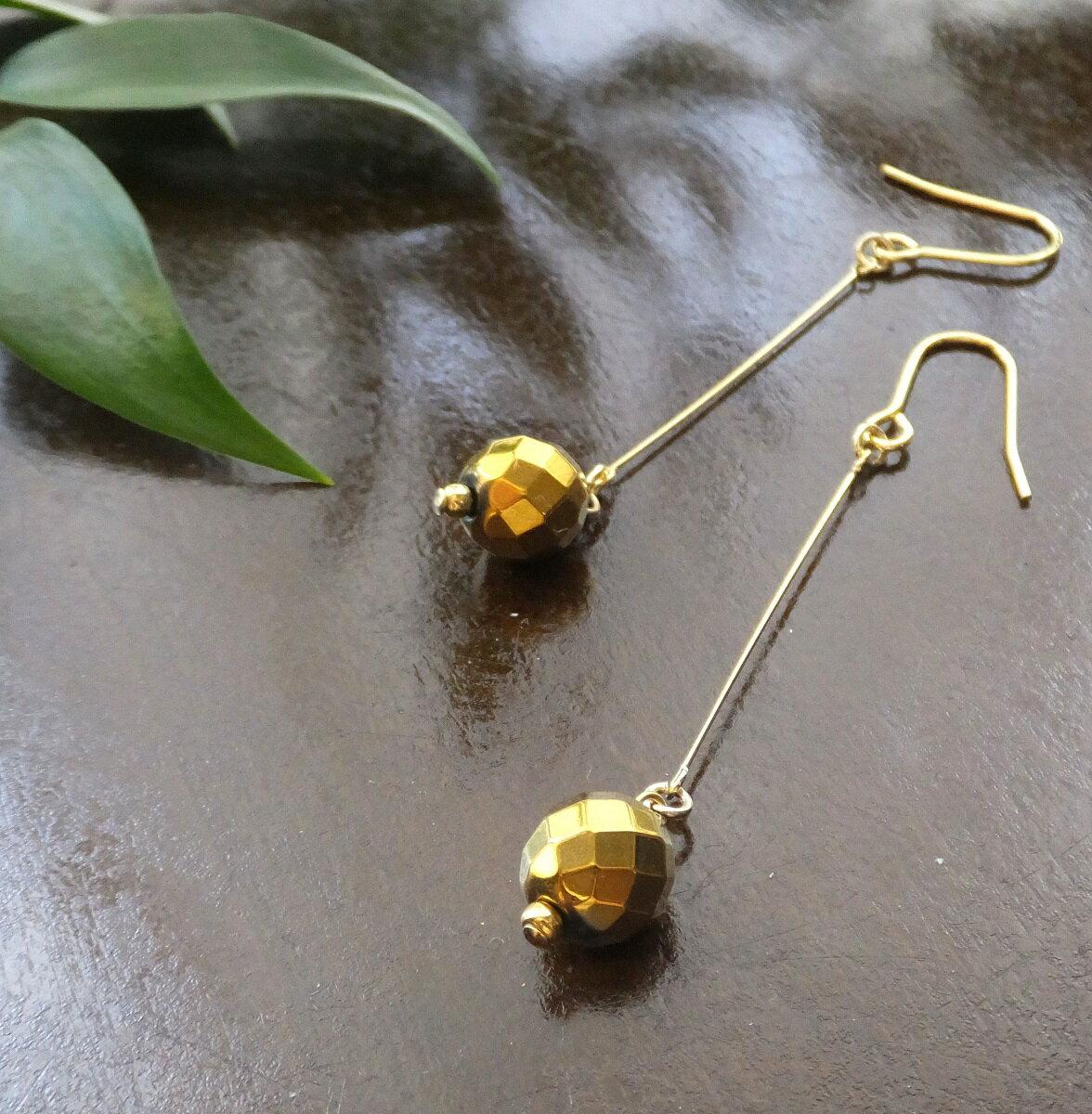 天然石ピアス ヘマタイト ゴールドコーティング ゆらゆらピアス ゴールド系 ハンドメイド ゴールドカラー金具