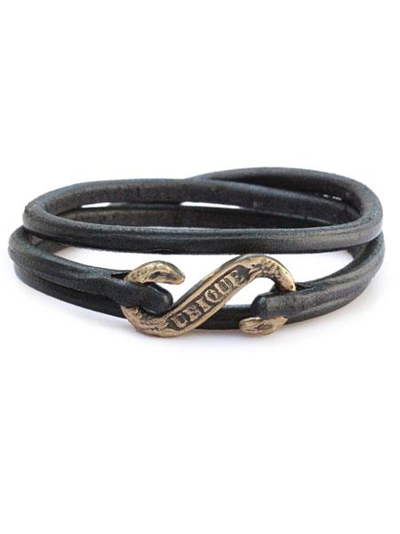 gbb custom leather(gbb カスタム レザー)Pirates Garrote Cuff (Black) / レザー ブレス カフ ブレスレット バックル フック ベルト 革 3連 3重巻き ブラック 黒 ブラス ゴールド 真鍮 メンズ レディース【送料無料】