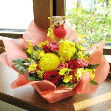 ハートテディのピンポンマム・アレンジメント(花かご)