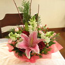 X'masに贈る☆華やか赤系アレンジメント(花かご)Type-Aクリスマス フラワー バラ ユリ フラワーギフト クリスマスプレゼント ギフト …