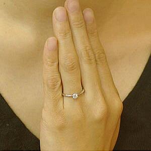 【あす楽対応】(11.10.9号)-鑑定付-ダイヤモンドエンゲージリングプラチナ婚約指輪0.2カラットHカラーGOODSi2ダイヤを美しく魅せる小さな6本爪シンプル婚約指輪