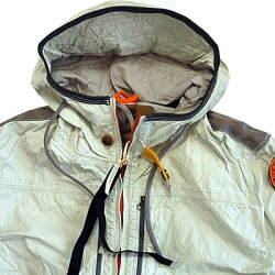 [10%OFFクーポン発行中]PARAJUMPERSパラジャンパージャケットフード付きワッペン付きシワ加工メンズModelNo7651104