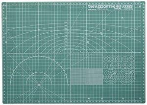 タミヤ クラフトツールシリーズ No.76 カッティングマット A3サイズ/グリーン プラモデル用工具 74076