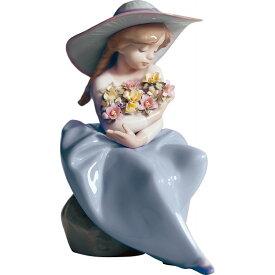 【キャッシュレス5%還元】【送料無料】リヤドロ 花の香りにつつまれて 01005862【代引不可】【ギフト館】