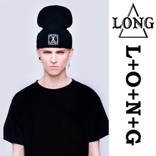 LONG CLOTHING(ロングクロージング)スモールパッチ ニットキャップ パンク ロック ファッション ニット帽 ユニセックス BOYLONDON ボーイロンドン(メンズ レディース 帽子 ブランド 黒 ブラック ストレートキャップ ボーイロンドン ボーイロンドン)ロックファッション
