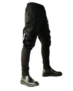 ボンテージストラップ付きジョガーパンツ