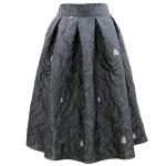 薔薇型押しジャカード織タックフレアスカート(ブラック)