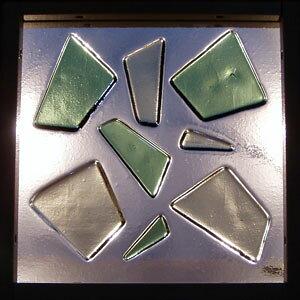 【JHAデザインガラス】 フュージング(熔着) FS-A3-Lサイズ (グリーン色)245X245【小窓用】ステンドグラス(おしゃれ 室内窓 FIX窓 ドア シンプル レトロ モダン 古民家 間仕切り壁 建具 キッチン リ
