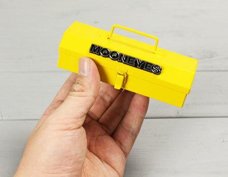 ムーンアイズ(MOONEYES)マイクロツールボックスのサイズ
