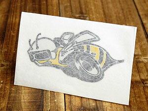 ステッカー 車 ダッジ アメリカン おしゃれ バイク ヘルメット かっこいい アメ車 カーステッカー 復刻 DODGE スーパー・ビー SUPER BEE 転写式 左向き 【メール便OK】_SC-DD245-MON