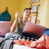 IKEA(イケア)BYLLANビッランラップトップサポートエッバルプブラックホワイトモノトーンクッションテレワーク在宅ゲーム車内でも