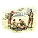 1/35 英・空挺部隊1944パート2・4体負傷兵看護【MB3534】 マスターボックス