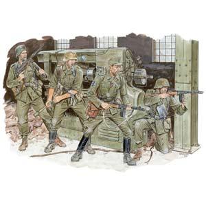 1/35 WW.II ドイツ軍 クロス・オブ・アイアン 東部戦線1944【DR6006】 ドラゴンモデル