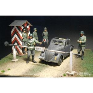 1/35 フロントラインシリーズ ww2 ドイツ軍チェックポイント【FS-005】 cobaanii mokei工房(コバアニ模型工房)