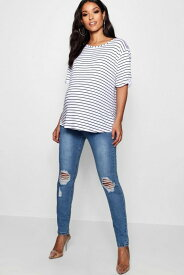 BOOHOO MATERNITY 【 OVER THE BUMP DISTRESSED KNEE SKINNY JEANS BLUE 】 キッズ ベビー マタニティ ママ マタニティウエア 授乳服 ボトムス 送料無料