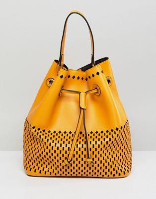 バケツ ショルダー バッグ フロント ポーチ 黄色 イエロー レディース 女性用 レディースバッグ 【 YELLOW QUPID BUCKET SHOULDER BAG WITH FRONT POUCH 】