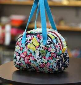 《新シリーズ》【Seori Bag 】JuJuオリジナル【飛蝶姫のBag(お花畑のパンダと蝶のBag)】ミニボストンバッグ/オリジナルバッグ希少可愛いコットンバッグ