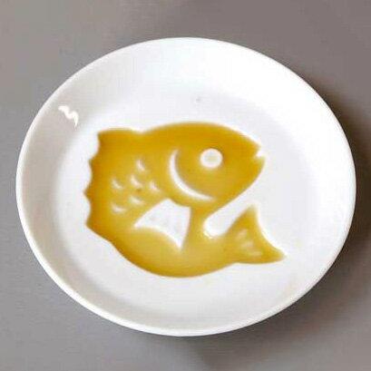 絵柄が浮き出る醤油皿<鯛>