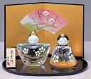 【ひな人形 ひな祭り】 彩絵玻瑠立雛(花飾り)