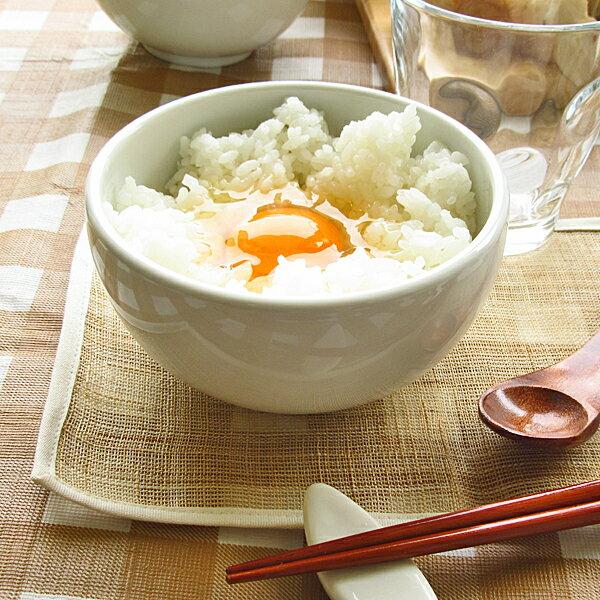 白い食器 ほっこりボウルM 480cc 日本製 美濃焼 カフェ食器 陶器 ミニ丼 和食器 洋食器 アウトレット 中鉢 オシャレ かわいい 北欧