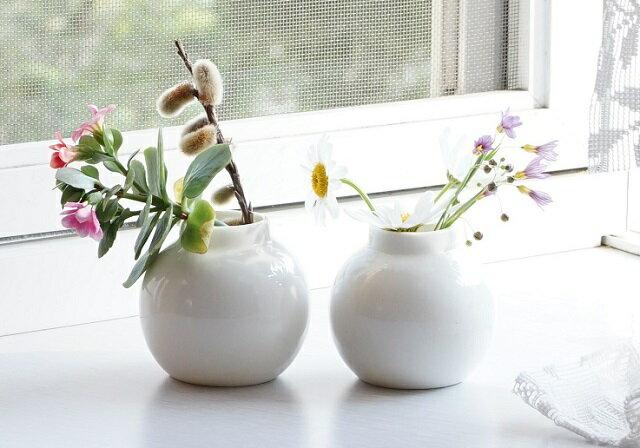 ミニフラワーベース 5.4cm 大サイズ【陶器製 白 小さい花瓶 おしゃれ雑貨 インテリア小物 ポーセリンアート 生け花 ミニディフューザー容器】