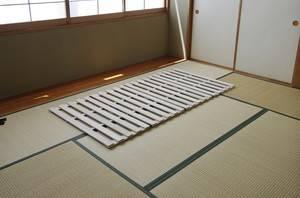 【送料無料】4つ折り桐すのこベッド≪シングルサイズ≫