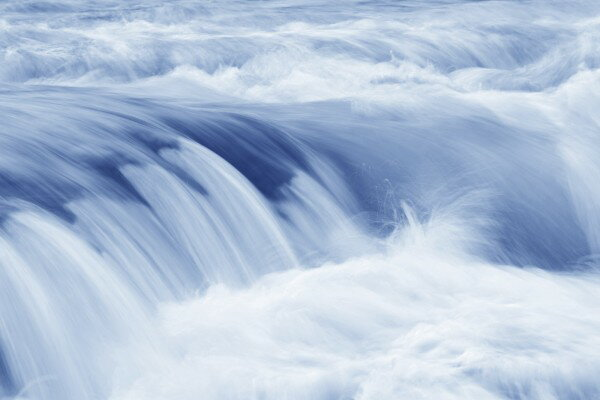 自然 水の壁紙輸入 カスタム壁紙 PHOTOWALL / Swiftly Moving Stream (e10175)貼ってはがせるフリース壁紙(不織布)【海外取り寄せのため1カ月程度でお届け】【代引き不可】.