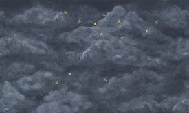 雲 空 鳥 紺 ネイビーの壁紙 輸入 カスタム壁紙 PHOTOWALL / Tender Clouds with Yellow Swallows - Dark Blue (e320873) 貼ってはがせるフリース壁紙(不織布) 【海外取り寄せのため1カ月程度でお届け】 【代引き不可】