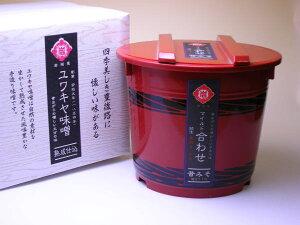 大分麦粒味噌4kg 赤化粧樽+紙箱入り