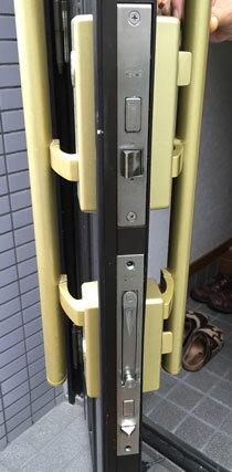 三協アルミのDX-2 とアルピーネEX 「MIWA PE-02 GAS2(GAE2)」玄関錠一式の交換、プッシュプル楕円形型・サムターン付き、錠ケース上下付き、U9シリンダー2個同一キー・キー6本付き【送料無料】