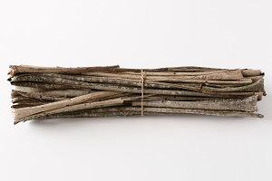 国産 おにぐるみ樹皮 1kg(約)長さ80〜120cm(約)幅1.5〜8cm[材料 くるみ]