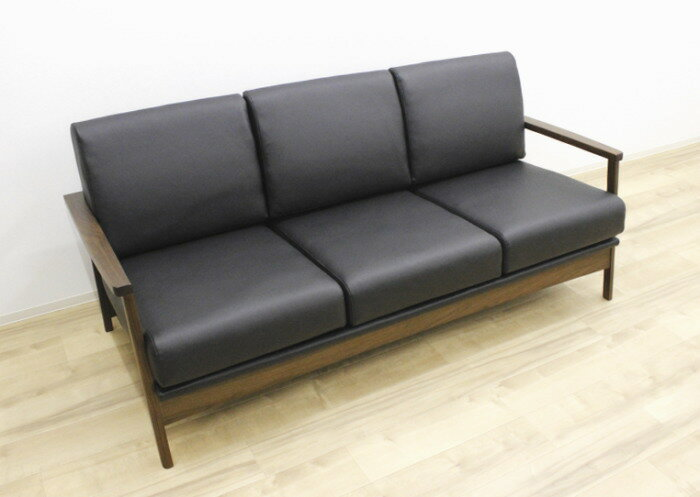 天然木ウォールナット無垢材を贅沢に使用した3人掛けソファーソフトレザー張り合成皮革・合皮PVC木枠フレームブラック黒アームソファー肘掛け長椅子木製3P