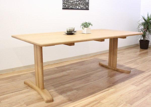 天然木レッドオーク無垢材のダイニングテーブル国産日本製・木の家具・木製・ウレタン仕上げ・カラーオーダーできますブラックチェリー・ハードメープル・ウォールナットホワイトオーク・スチール脚・木製脚・テーパー脚T字脚