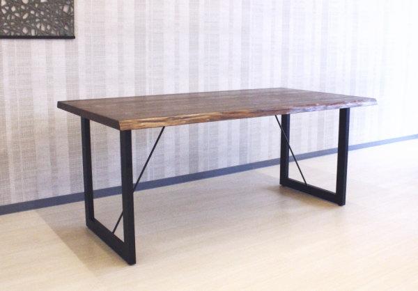 天然木杉無垢材オイル塗装仕上げダイニングテーブル国産日本製・木の家具・木製・スチール脚ブラック天厚38mm木製脚ブラックチェリー・ウォールナット材も出来ますセミオーダーメイド・カスタムオーダーできます