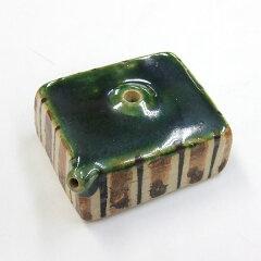 美濃焼きの水滴織部の緑角型中