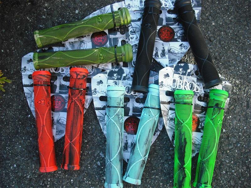 自転車 グリップ BMX PIST クロスバイク【Subrosa Genetic Grips Flangeles】Flangeless フランジなし ツバなし ピストグリップ