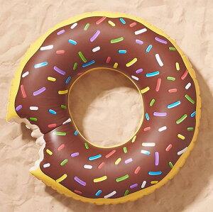 【再入荷!】Urban Outfitters 【アーバンアウトフィッターズ チョコレートドーナツ型 浮き輪 ブラウン】
