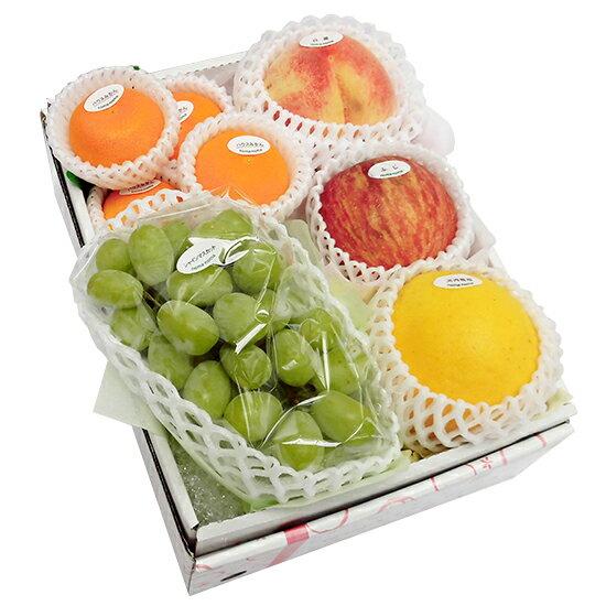 季節のフルーツ詰め合わせセット5,500円