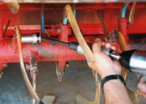 トラクター爪交換レンチ一発レンチ19mmと17mmソケットのセット